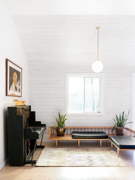 Scandinavian Minimalism in Sitting Room