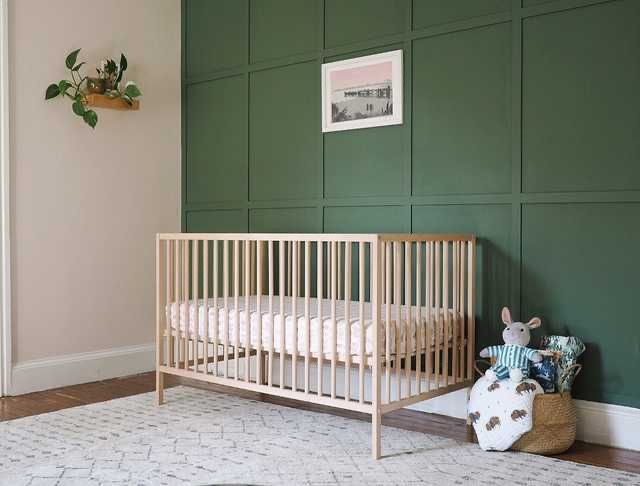 Nursery featuring Cushing Green HC-125 on an accent wall