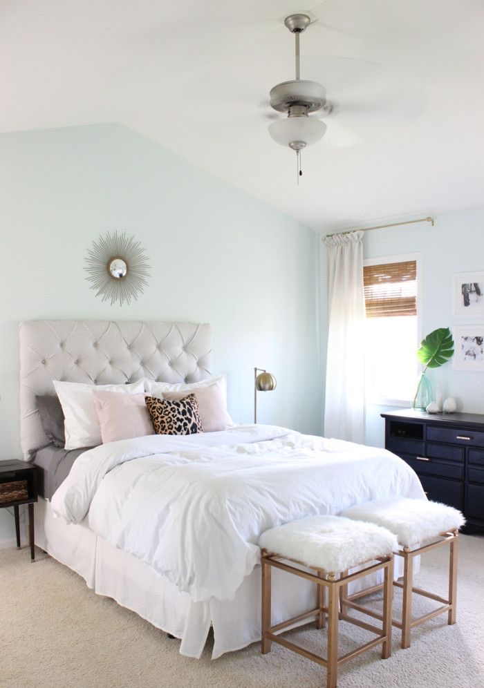 Bedroom featuring Crystalline AF-485 on the walls